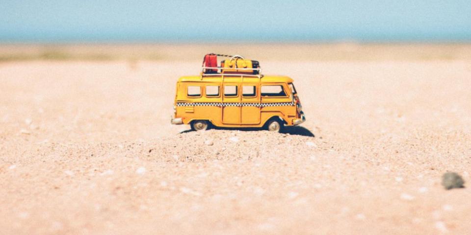 Microbuz pentru India