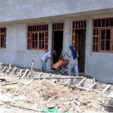 Construcţia unei baze misionare în Peru