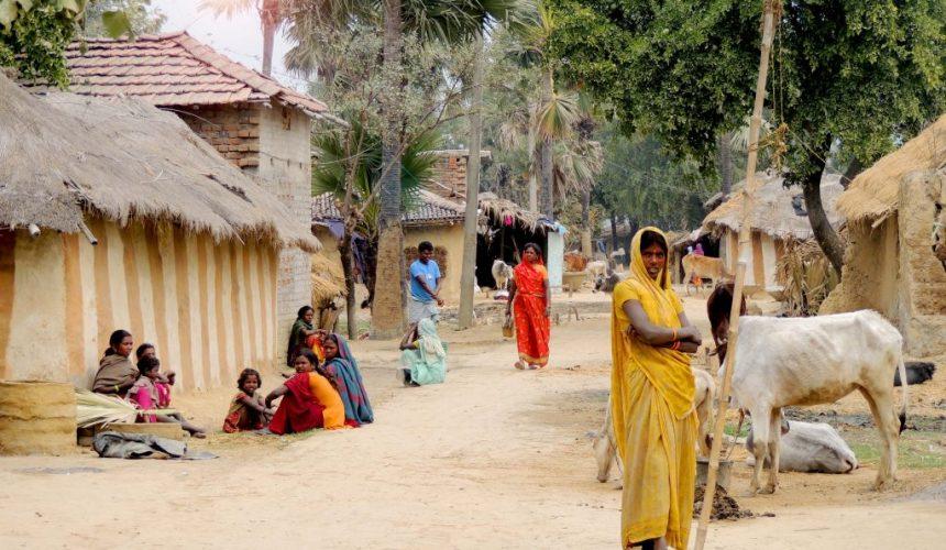 Poliția Indiană Intervine în Apărarea a Cinci Familii Creștine