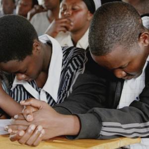 """""""Nu ne vom negocia credința"""" – Creștinii din Eritreea îi spun judecătorului că vor continua să-L urmeze pe Domnul Isus"""