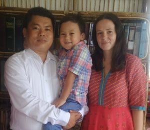 Familia Rai, Raja, Gabriela și băiețelul lor Baruch